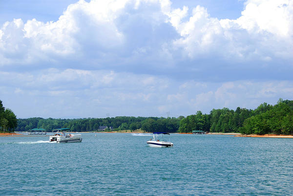 Top 5 yachting destinations on the eastern coast for Oconee capital home builders
