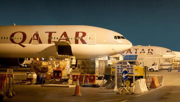Doha Qatar Airways Boeing 777-300ER lineup