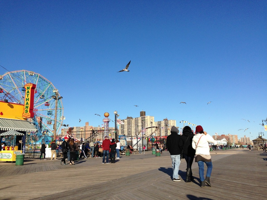 coney-island-beach-990456_1920